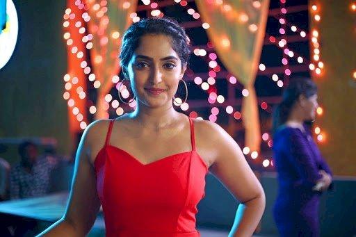 வாத்தி கம்மிங் ஒத்தே பாடலுக்காக காத்திருக்கும் பிகில் பட நடிகை ரெபா மோனிகா!