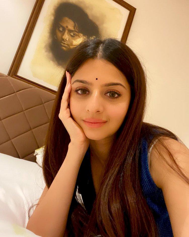 செம்ம கவர்ச்சி ஆட்டம் ஆடிய நடிகை வேதிகா!