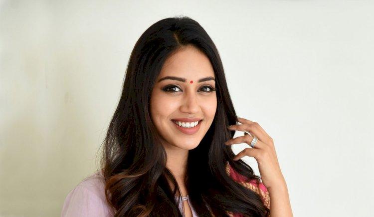 முன்னணி நடிகருக்கு ஜோடியாக நிவேதா பெத்துராஜ்!